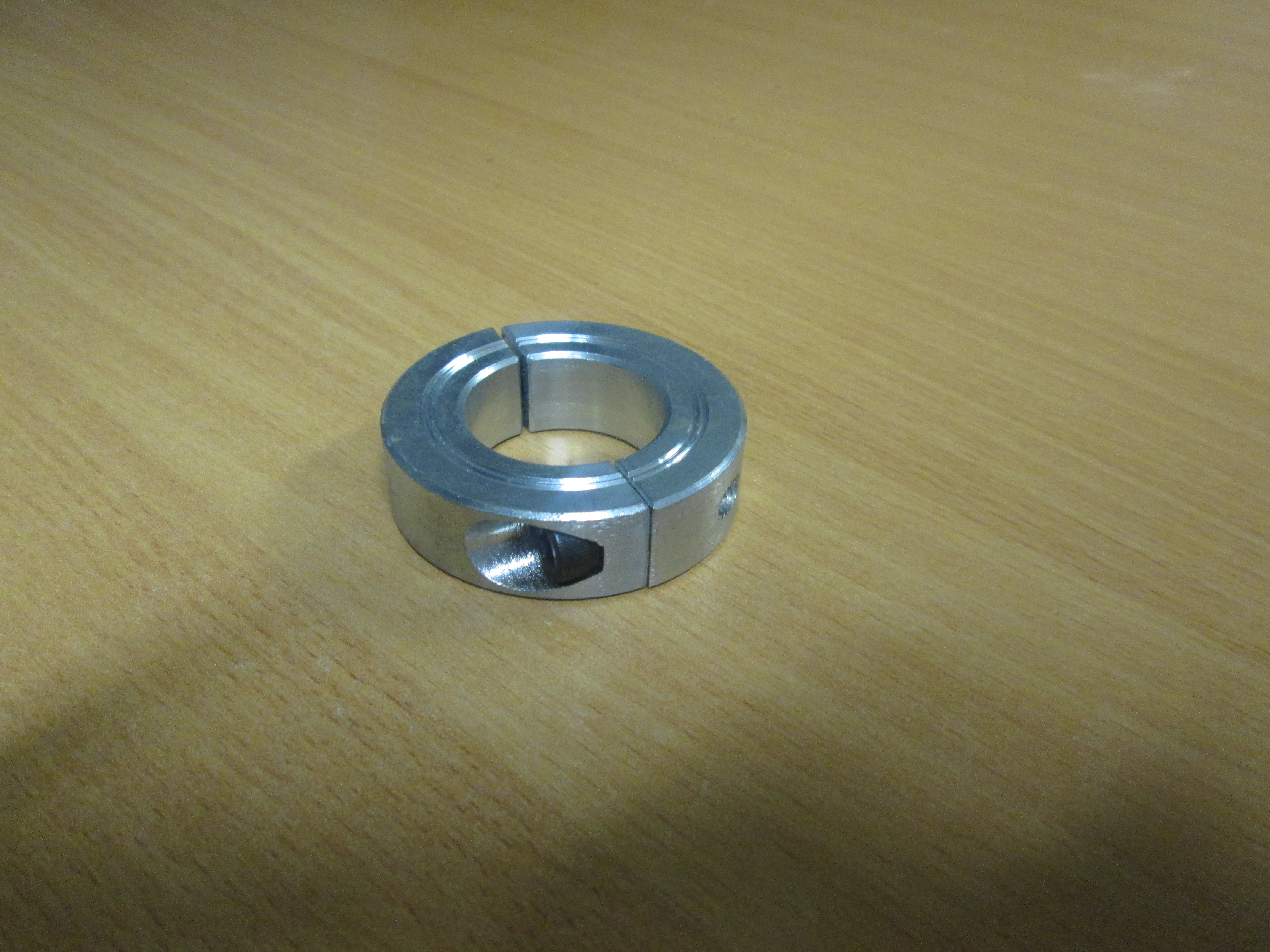 Two Piece 25mm Split Shaft Collar Clamp Zinc Plated
