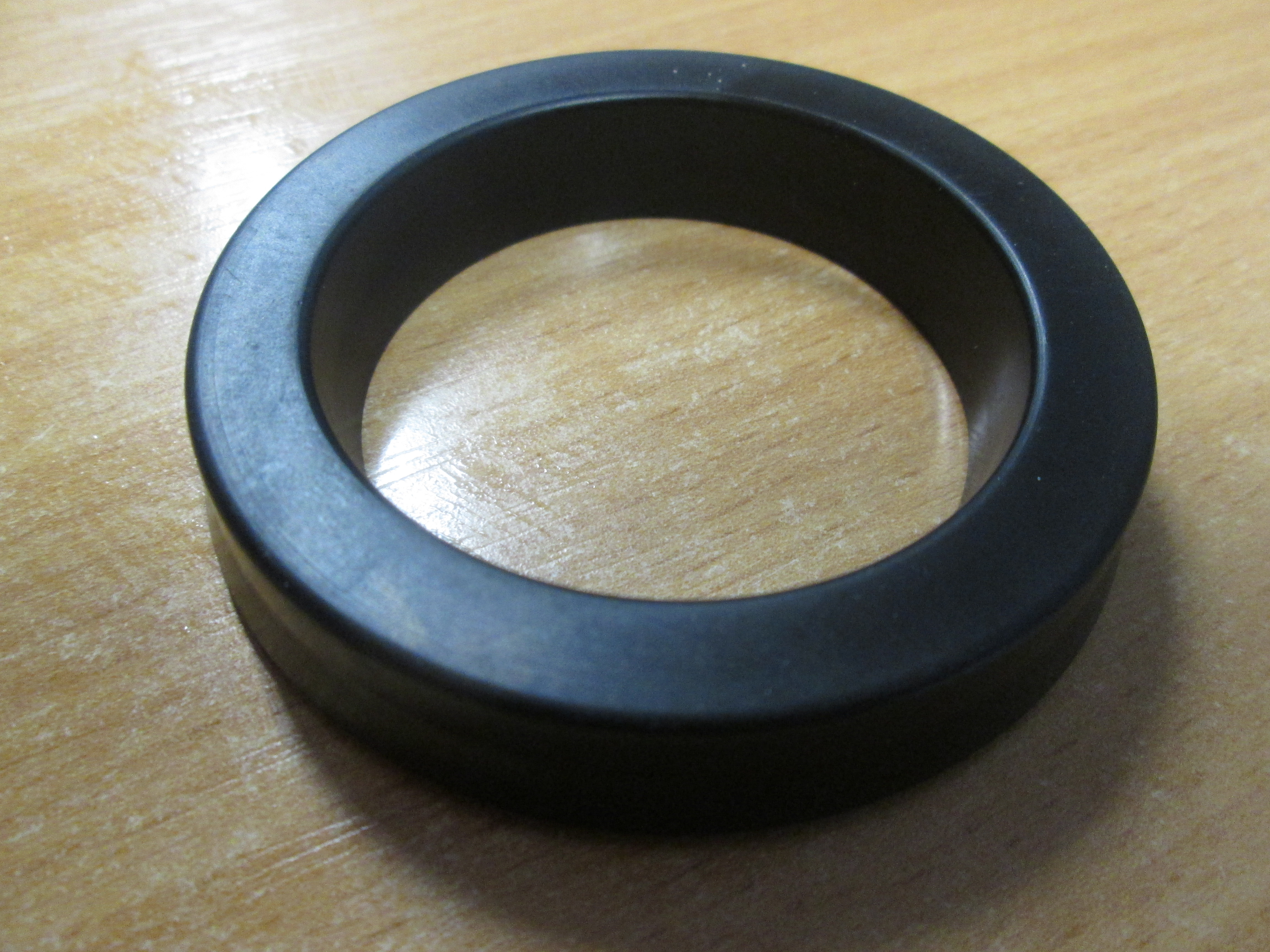 External Distributor Seal, Imperial 2.1/8inch x 2.7/8inch x 1/2