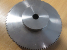 G1 Spur Gear 1 MOD 30mm boss diameter 70mm teeth 10mm bore